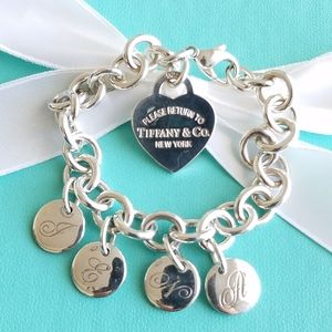 Heart tag bracelet with letter charms